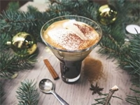 5 Shareable Whiskey Cocktails For The Holidays